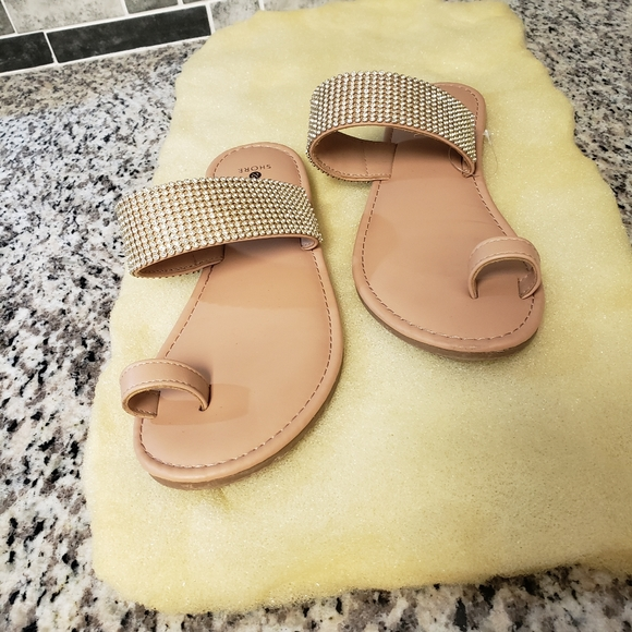 Shoes - Cute sandals from target never wore size 8